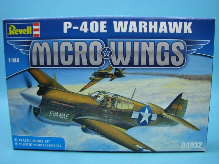 Curtiss P-40E Warhawk 1:144 Revell